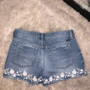 Lucky Brand Shorts - Lucky Brand🍀Vintage Floral embroidery shorts
